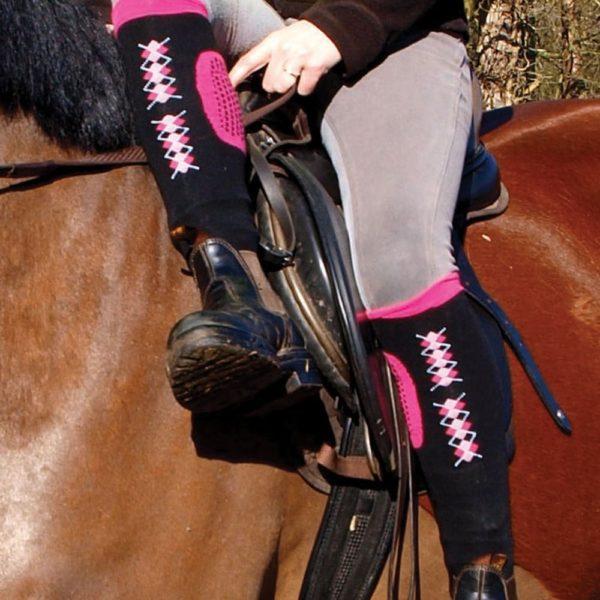 Sock Chaps zwart/ roze div, maten. OP=OP-5365